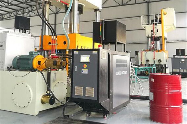 电加热导热油炉温度控制更加精准
