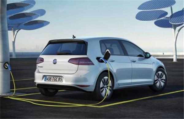 电动汽车排放二氧化碳比柴油发动机排放的二氧化碳多