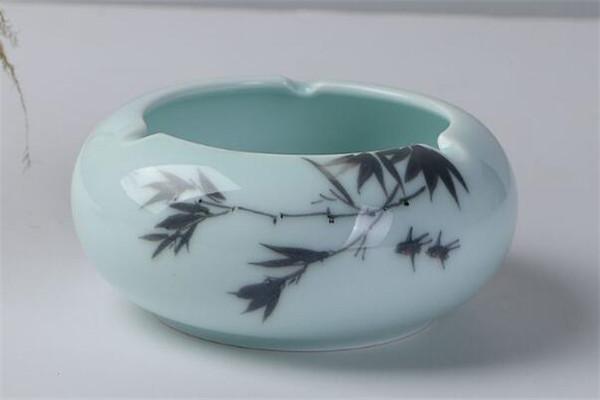 收藏陶瓷工藝品要注意合理的擺放