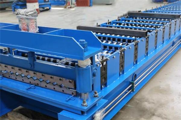 彩钢压瓦机助力建筑行业发展