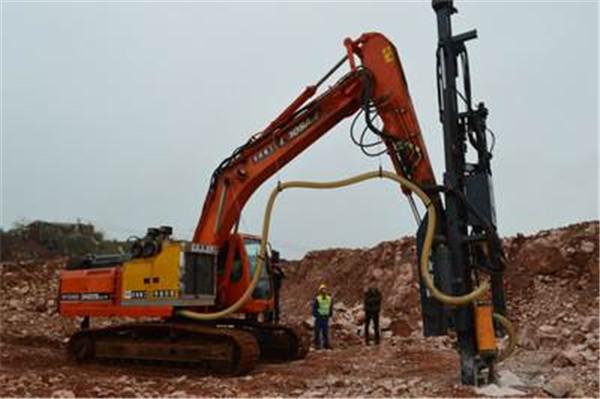 液压凿岩机在矿山开采中备受瞩目